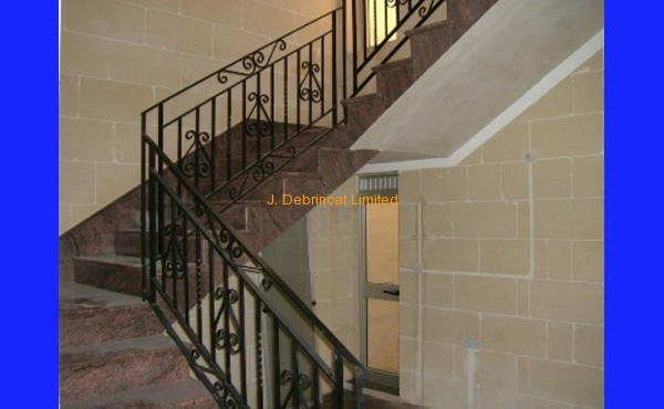 Xewkija Terrace House For Long Let